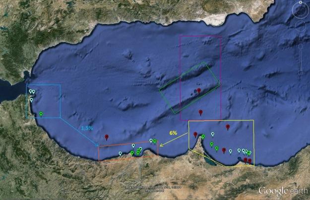 Los puntos azul claro representan las observaciones con individuos avistados en otros avistamientos. En rojo avistamientos de individuos que no se volvieron a ver. Las flechas indican el porcentaje de individuos que se han movido de una zona hacia otra.